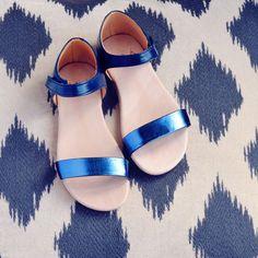 MAÁ Girls Metalic Blue and Navy Sandal
