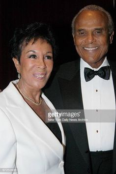 Harry Belafonte is joined by wife Julie for 'The Legacy Continues' a fundraising gala for the University of the West Indies at the Marriott Marquis. Harry Belafonte, Black Celebrities, Famous Celebrities, Diahann Carroll, Stand Up Comedians, Black History Facts, Black Artists, Hollywood Star, Julie