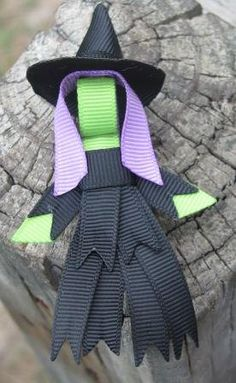 Halloween Witch Ribbon Sculpture Ribbon Hair Clips, Ribbon Art, Ribbon Hair Bows, Diy Hair Bows, Halloween Hair Clips, Halloween Headband, Halloween Bows, Ribbon Sculpture, Making Hair Bows
