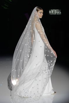 Her Effortless Elegance and casual Grace make her a timeless beauty, her style embraces femininity, in a harmonious way. Bridal Gowns, Wedding Dresses, Bridal Fashion Week, Timeless Beauty, Her Style, Catwalk, Free Pattern, Fashion Show, Feminine