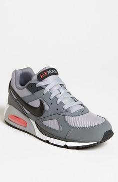 6dfffb4f7056 Nike  Air Max IVO  Sneaker (Men)