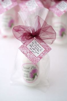 You have to admit, you love those bridal shower and bachelorette favors that pamper the bride and her guests--like these moisturizers in her favorite colors and fragrances. Want to see how we can personalize your party favors so they're just right for your favorite people? Click now! #bridalshower, #partyfavors, #favors, #lingerieparty Lingerie Shower Cookies, Lingerie Shower Games, Look Man, Casino Night Party, Bridal Shower Favors, Party Favors, Bridezilla, Bride Gifts, Pretty In Pink