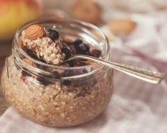 Porridge de sarrasin et graines de chia : http://www.cuisineaz.com/recettes/porridge-de-sarrasin-et-graines-de-chia-78358.aspx