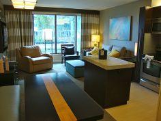 Disney's Bay Lake Towers & Contemporary Resort | Pinned by Mouse Fan Travel | #disneyworld #disney #resort #hotel #travel #vacation