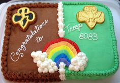 Brownies to Junior Girl Scouts bridging cake, for when that daughter I don't have yet has her ceremony :) Girl Scout Trefoil, Girl Scout Leader, Girl Scout Swap, Girl Scout Troop, Boy Scouts, Scout Mom, Cake Brownies, Brownie Ideas, Bronze Award