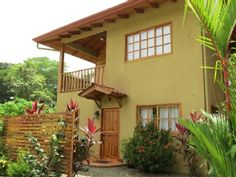 (COSTA RICA - $150 / night, 3 BR, Sleeps 8) --- Dominical Villa Rental: Beach Front In Dominical!!! **special $150 Rate** | HomeAway