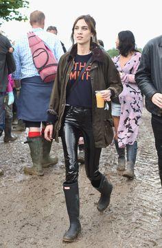 Alexa Chung Channels Kate Moss At Glastonbury