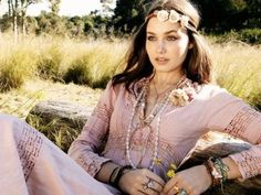What is your #hippie name? Take this #quiz and find out which #retro name belongs to you.