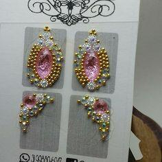 #joiadeunha Nail Jewels, Rhinestone Art, Gem Nails, E Design, Nail Colors, Nail Designs, Impalas, Gems, Nail Art