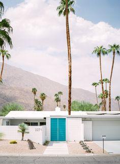 Springs Series - Blue Palm Springs Mid Century Modern Art Print from . Doors of Palm Springs.Palm Springs Mid Century Modern Art Print from . Doors of Palm Springs. Modern Landscape Design, Modern Landscaping, Modern House Design, Home Design, Modern Houses, Palm Springs Houses, Palm Springs Style, Spring Architecture, Modern Architecture