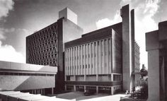 "Vista posterior, Hospital 'Adolfo López Mateos' del ISSSTE, Universidad 1321, Viveros de Coyoacán, Coyoacán, México DF 1968   Arq. Enrique Yáñez -  Rear view, Hospital ""Adolfo Lopez Mateos"" Coyoacan, Mexico City 1968"
