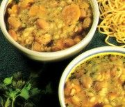 Supă cu ierburi aromate Curry, Ethnic Recipes, Food, Curries, Essen, Yemek, Meals