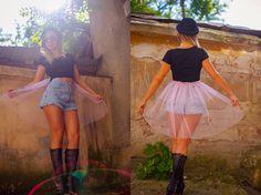 Tricou cu tule: 70 ron   http://dianagrigoriu.ro/shop-ul-meu/articole-vestimentare-prototip