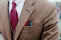 Gilet et veste en chevron marron #mode #homme #costume #veste #blazer #marron #mensfashion #brown #suit