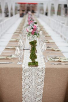 rustic wedding table decor with lace, linen and hydrangea & roses thefashionmedley.com
