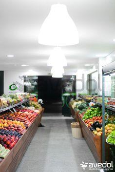 Exhibitor fruit