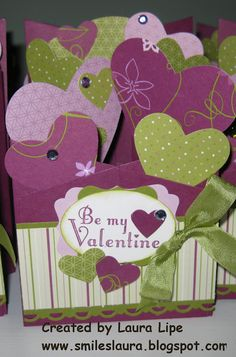 Smiles, Laura: Cascading Valentine Card....