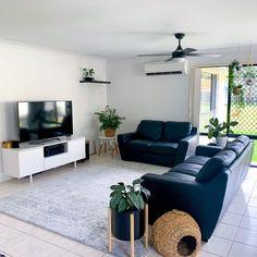 Boho Living Room, Living Room Grey, Home And Living, Living Spaces, House Essentials, Home Interior Design, Living Room Designs, Bedroom Decor, Transitional Rugs