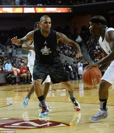 Chris Brown trying to guard The Bone Collector