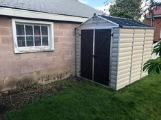 Simple yet stylish, this Palram Tan SkyLight Shed is perfect for storing, organizing and protecting your garden or patio life. Shed Organization, Shed Storage, Outdoor Life, Outdoor Living, Outdoor Decor, 6x8 Shed, Polycarbonate Roof Panels, Bicycle Painting, Skylight