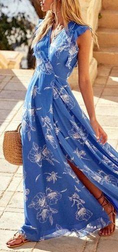 Присмотритесь к платьям-халатам с принтом