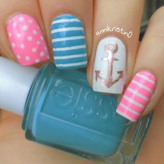 Nautical nail art isn't only attractive, but also unique in design. You'll be surprised of how much such kind of nail art can really boost your mood and improve your look. Crazy Nails, Love Nails, Fun Nails, Pretty Nails, Weird Nails, Cute Nail Designs, Acrylic Nail Designs, Acrylic Nails, Nautical Nail Art