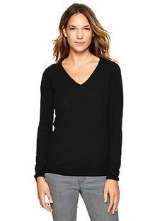 Merino V-neck sweater | Gap