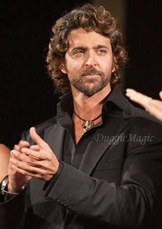 Handsome Faces, Most Handsome Men, Handsome Actors, Bollywood Stars, Hrithik Roshan Hairstyle, Mens Facial, Sexy Men, Hot Men, Fine Men
