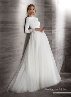 dress Wedding modest - Online Shop 2019 New Simple Crepe Tulle Modest Wedding Dresses With Sleeves Boat Neck Covered Back Country Western Sleeved Bridal Gowns Muslim Wedding Dresses, Dream Wedding Dresses, Bridal Dresses, Boat Neck Wedding Dress, Bridal Gown Styles, Tulle Wedding, Gowns With Sleeves, Short Sleeves, Long Sleeve Wedding