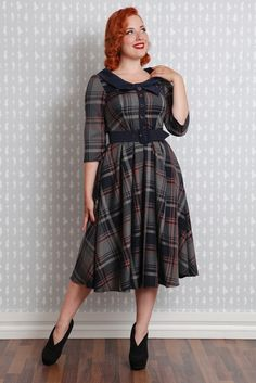 Genevieve-Lee - Scooped neckline bow swing dress
