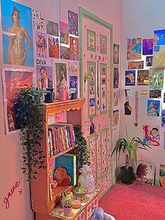 Indie Bedroom, Indie Room Decor, Cute Room Decor, Room Ideas Bedroom, Bedroom Colors, Bedroom Decor, Bedroom Inspo, Pretty Room, Aesthetic Room Decor