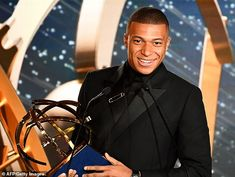Kylian Mbappe has sent shockwaves across Europe by admitting his future may lie away from Paris Saint-Germain. The World Cup winner was accepting the Ligue 1 Player of the Year award. Football Squads, Goals Football, Football Awards, Football Soccer, Football Players, Lori Harvey, Steve Harvey, World Cup Winners, Gareth Bale