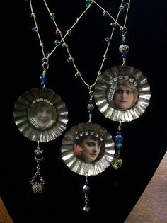 Mini tart pan necklaces by Jakkila, via Flickr - love it - will get collecting, although not seen many of these in Spain!