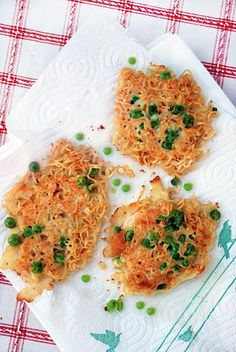 Pasta Recipes : Easy noodle fritters