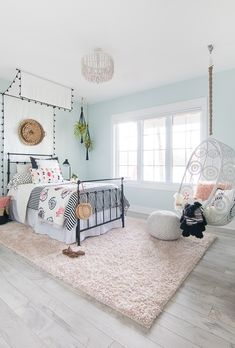 Tween Girl Beachy Boho Bedroom - The Lilypad Cottage - Clean, crisp, beautiful! Black White Boho Tween Girl Room Decor Best Picture For decoration terras - Bedroom Ideas For Teen Girls, Girl Bedroom Designs, Teen Girl Bedrooms, Tween Girl Bedroom Ideas, Childrens Bedroom, Vintage Teen Bedrooms, 10 Year Old Girls Room, Unique Teen Bedrooms, Preteen Girls Rooms