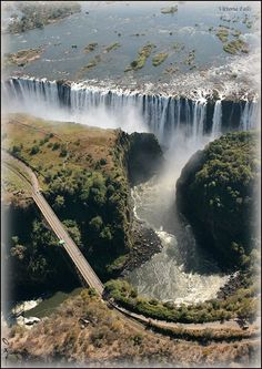 (Man-made bridge) Victoria Falls, Zimbabwe, Afrika Beautiful Nature Pictures, Beautiful Sites, Amazing Nature, Beautiful Landscapes, Beautiful World, Beautiful Places, World Water, Waterfall Fountain, Places To Visit