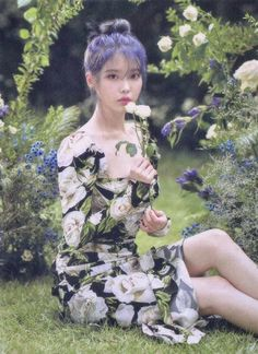 Find images and videos about kpop, iu and soloist on We Heart It - the app to get lost in what you love. Korean Actresses, Korean Actors, Korean Beauty, Asian Beauty, Korean Celebrities, Celebs, Fandom, Idole, Love Poems