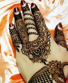 Unique Henna Design - New Mhendi Designs Khafif Mehndi Design, Mehndi Designs Book, Latest Bridal Mehndi Designs, Mehndi Design Pictures, Wedding Mehndi Designs, Mehndi Patterns, Mehndi Designs For Hands, Mehndi Images, Heena Design
