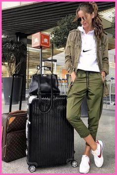 Fashion Your Seat Belts: Likes, 47 Comments - Izabel Goulart (izabel . Izabel Goulart, Pastel Outfit, Nike Outfits, Travel Outfit Spring, Travel Outfits, Nike Mode, Nike Fashion, Fashion Outfits, Chic Outfits