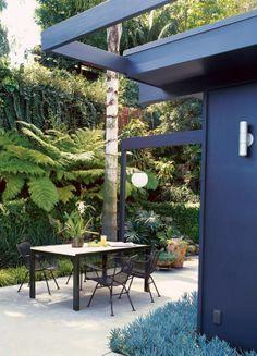 A beautiful idea for your backyard and garden