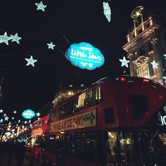 London by night - Oxford Circus / Oxford Street / Christmas Lights