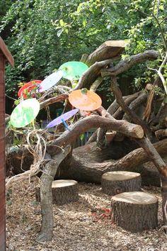 Den Building In Schools Using Simple Materials | Infinite PlaygroundsInfinite Playgrounds