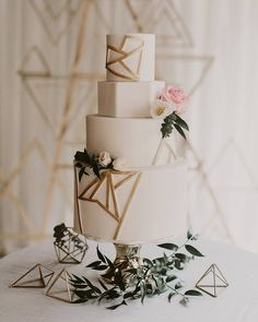 "4,909 Likes, 46 Comments - Wedding Chicks™ (@weddingchicks) on Instagram: ""Geometric lines and an off white cake Wish we could stare at this cake all day and then eat it.. …"""
