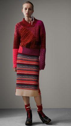 Pullover aus Kaschmir und Wolle im Patchworkdesign (Beerenrot) - Damen | Burberry