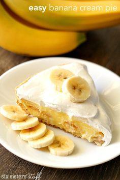 Easy Banana Cream Pie | Six Sisters' Stuff