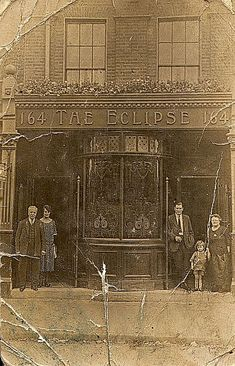Eclipse, 164 Barnsbury Road, Islington - c 1924 (Landlord Edward Burrill leaning in the doorway)