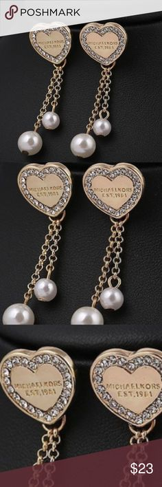 ❤️ MK dangle diamond heart earrings ❤️ ❤️ MK dangle diamond heart earrings ❤️ diamond & gold heart w dangled pearl. So awesome!!! Michael Kors Jewelry Earrings