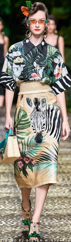 Dolce & Gabbana Spring 2020 Fashion Show #spring2020 #ss20 #womenswear #dolceandgabbana #domenicodolce #stefanogabbana