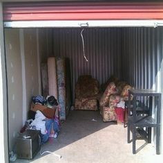 10x15. Microwave, mattresses, couch, furniture. #StorageAuction in Jefferson (622). Ends Jun 4, 3:15PM US/Los_Angeles. Lien Sale.