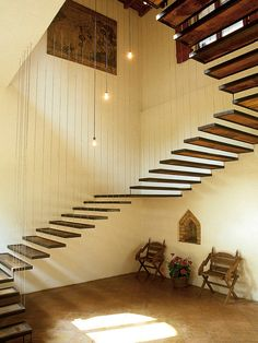 Suspended Stairs design ideas and photos to inspire your next home decor project or remodel. Check out Suspended Stairs photo galleries full of ideas for your home, apartment or office. Escalier Art, Escalier Design, Stairs Architecture, Interior Architecture, Stair Detail, Stair Handrail, Modern Stairs, Stair Steps, Floating Stairs